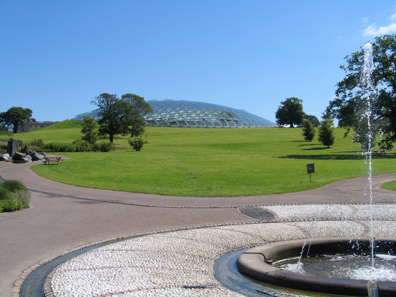 Norman Foster's Great Glasshouse at the centre of the Middleton estate