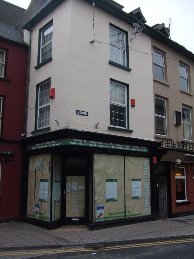 Closed shop in Eastgate, Aberystwyth