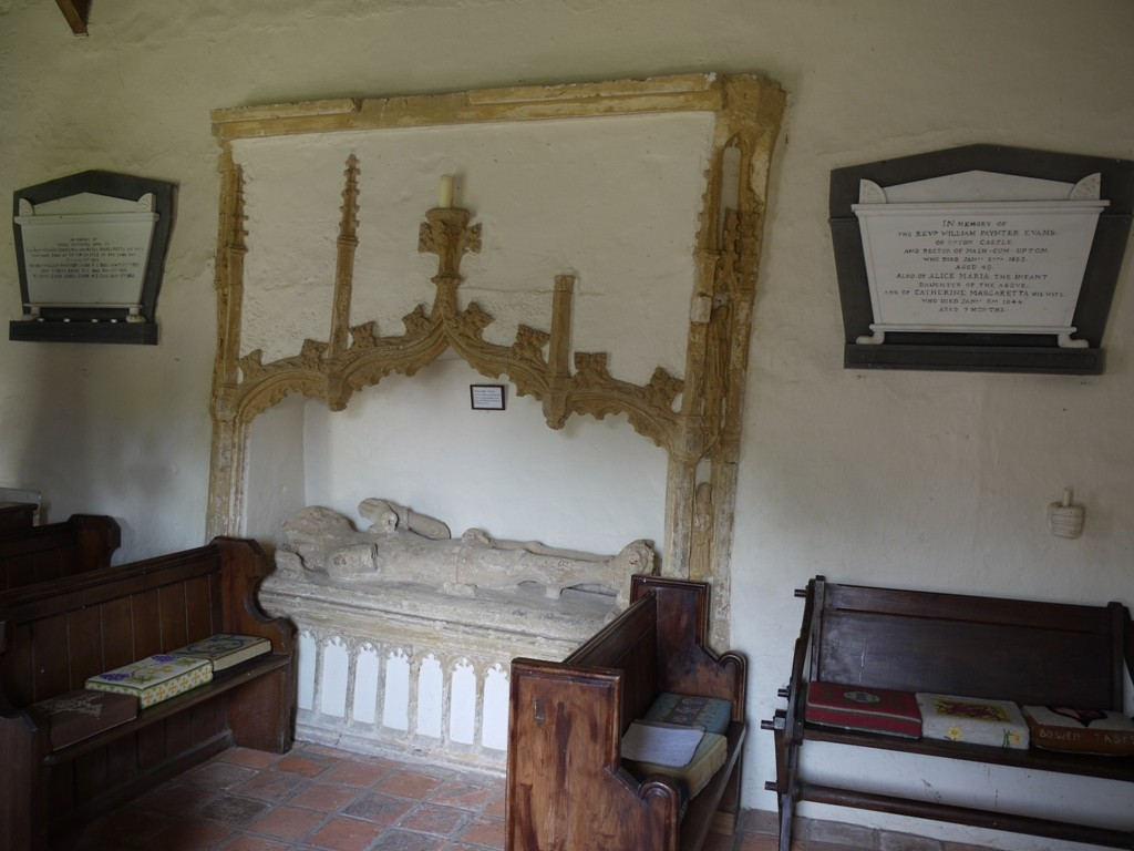 On either side of the medieval tomb of Maliphant are the memorial to the Evans triplets, and to the eldest, W.P. Evans and his wife.